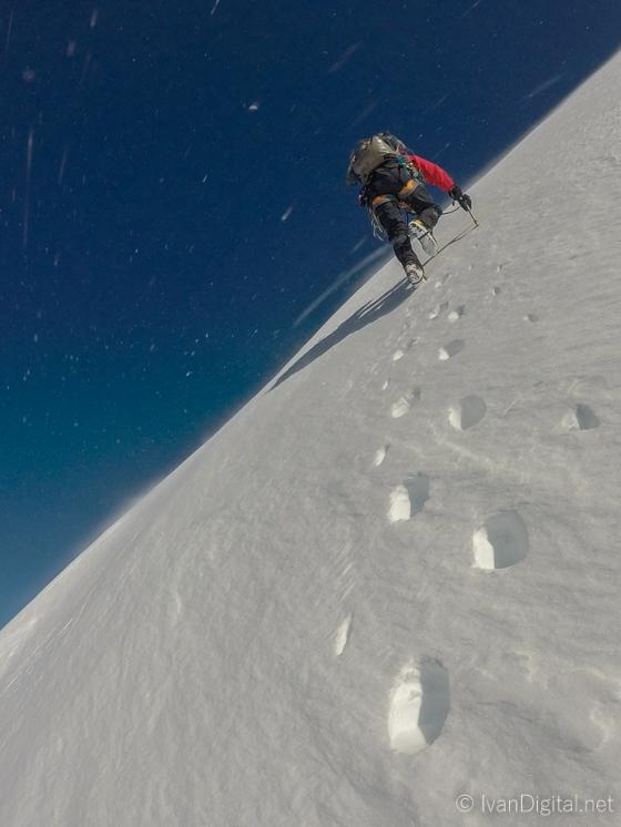 Saliendo al filo que nos llevaría a la cumbre